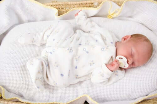 Teach Your Child to Sleep Throughout the Night