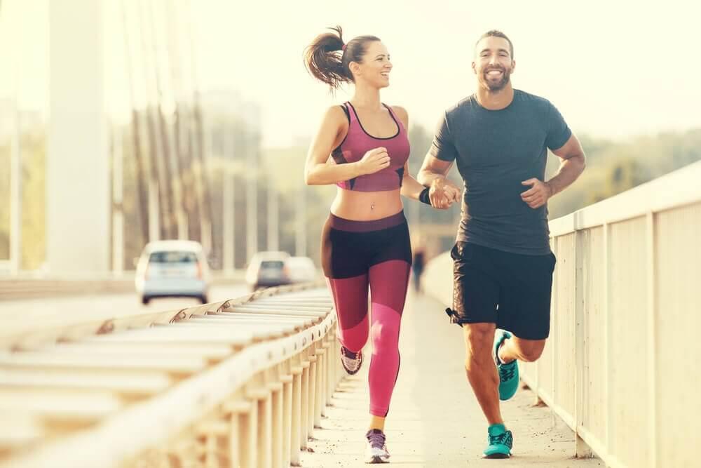 A couple jogging.