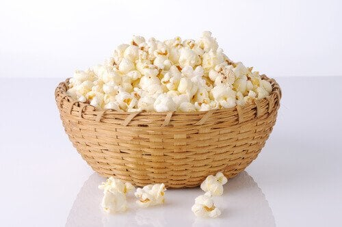 homemade popcorn for a healthy snack