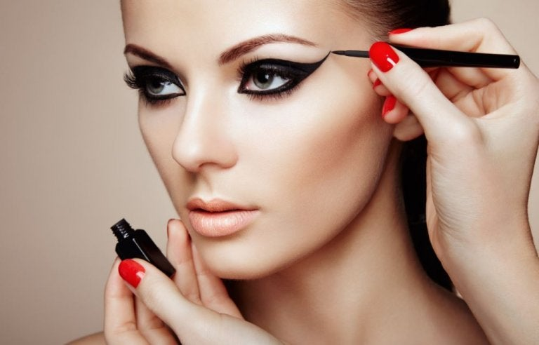Try These 7 Makeup Secrets to Look Fabulous