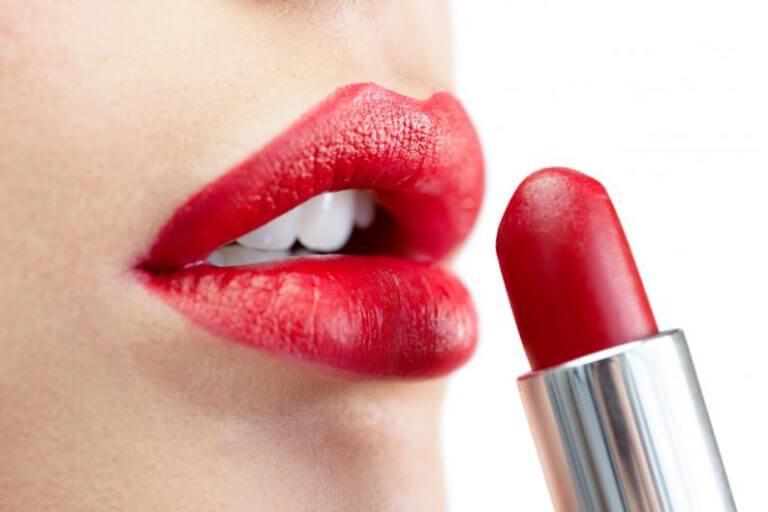Lippenstift langer mooi houden