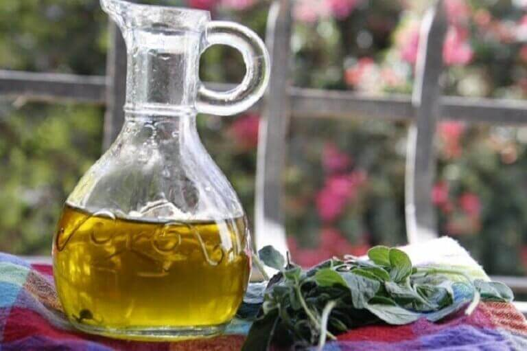 olive oil and oregano remedy to protect your respiratory system