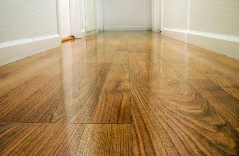 Four Ways to Seal Your Hardwood Floor