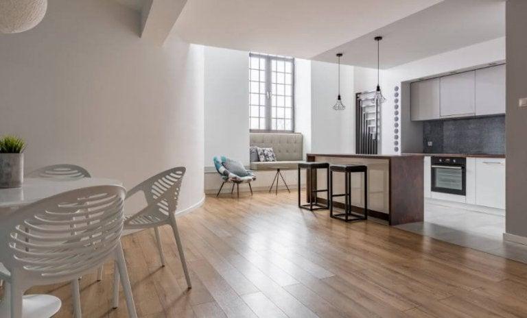Tricks for Shiny Floors