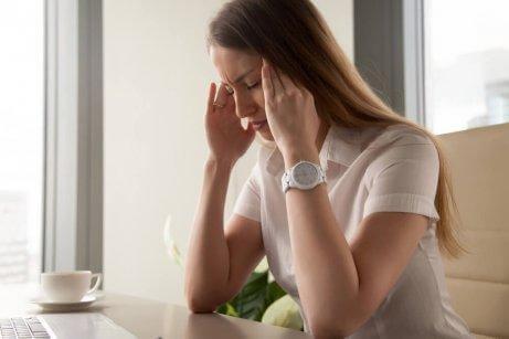 Spätzeit &quot;width =&quot; 461 &quot;height =&quot; 307 &quot;/&gt;</figure></li></ol><p>Heutzutage haben Frauen einen großen Druck (auf beruflicher und sozialer Ebene), der sich auf ihre Gesundheit auswirkt. <strong>Während es normal ist, dass Stress den Menstruationszyklus verändert, ist dies nicht ideal.</strong></p><div style=