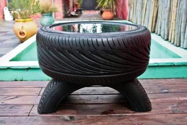 낡은 타이어를 재활용하는 8가지 방법 야외 커피 테이블
