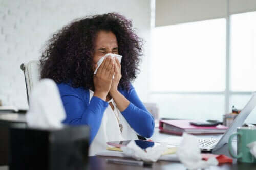 5 Home Remedies to Stop a Runny Nose