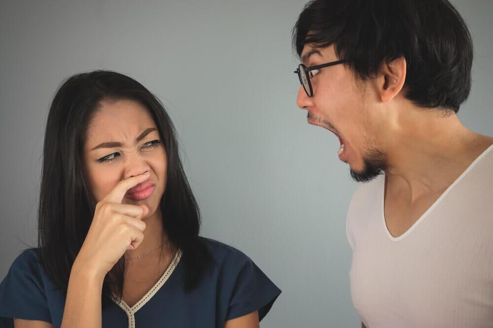 3 Natural Mouthwash Recipes for Bad Breath