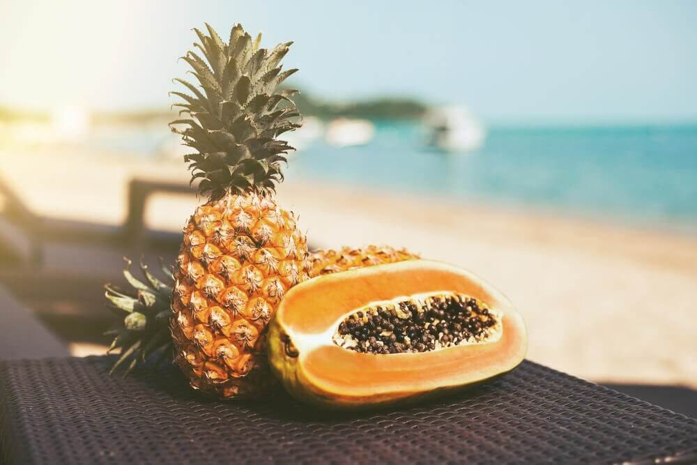 Detox Your Body with Papaya and Pineapple