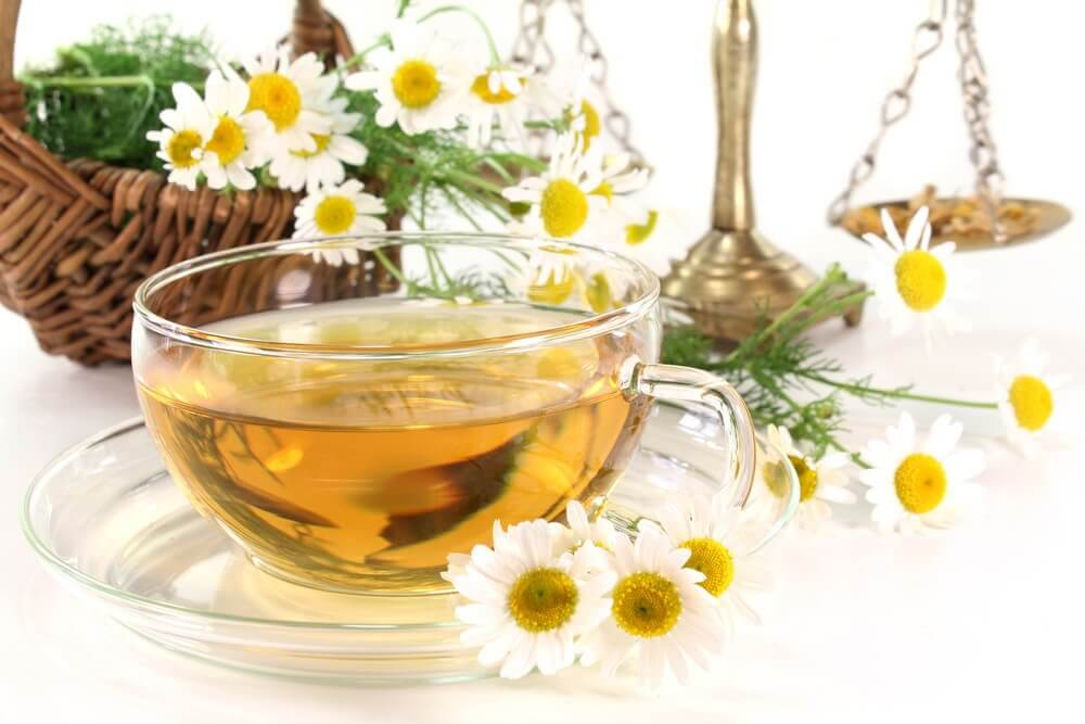 Chamomile tea to stop diarrhea