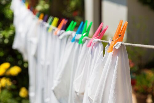 Avoid hanging wet clothes inside the home