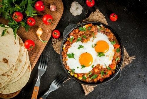 Colombian perico eggs