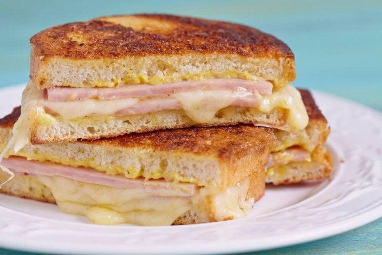How to Make a Delicious Monte Cristo Sandwich