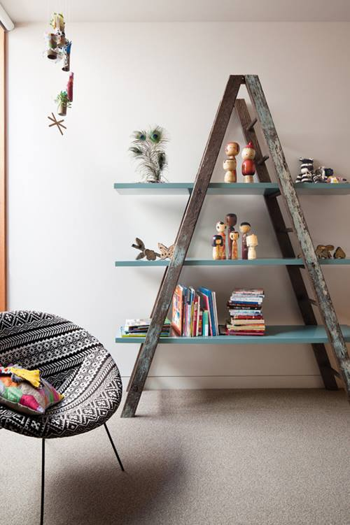 Shoe rack made with a ladder