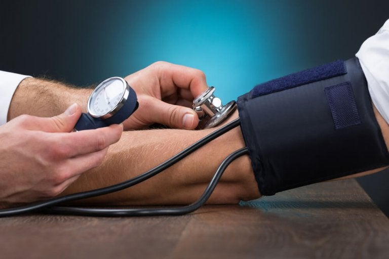 5 Natural Foods for Controlling Hypertension