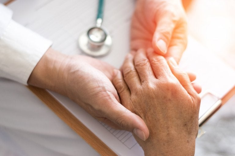 How to Fight Arthritis with Natural Remedies