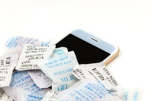 Amazing Home Uses for Silica Gel that You Might Not Know About
