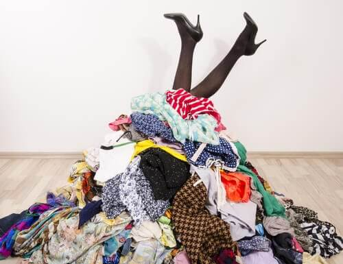 No Closet? No Problem! 7 Ideas to Tidy Up Your Clothes