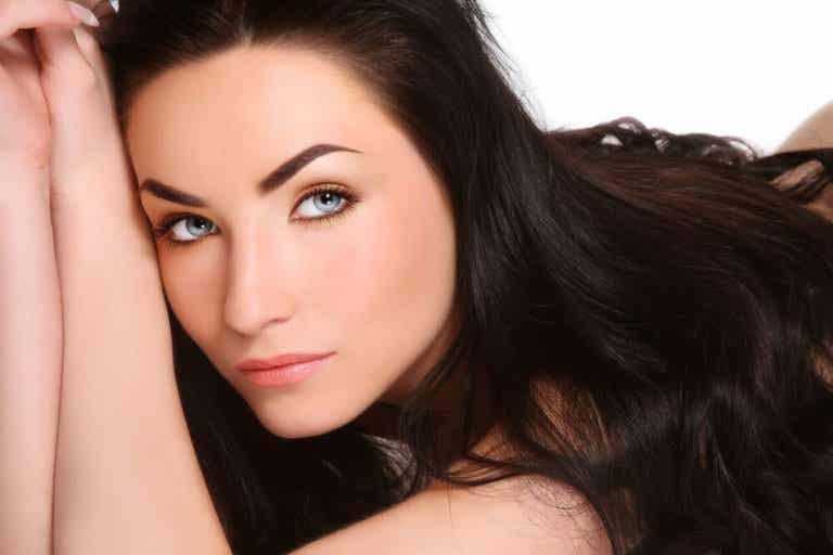 Want Your Hair to Grow Strong Fast? Try These Natural Solutions