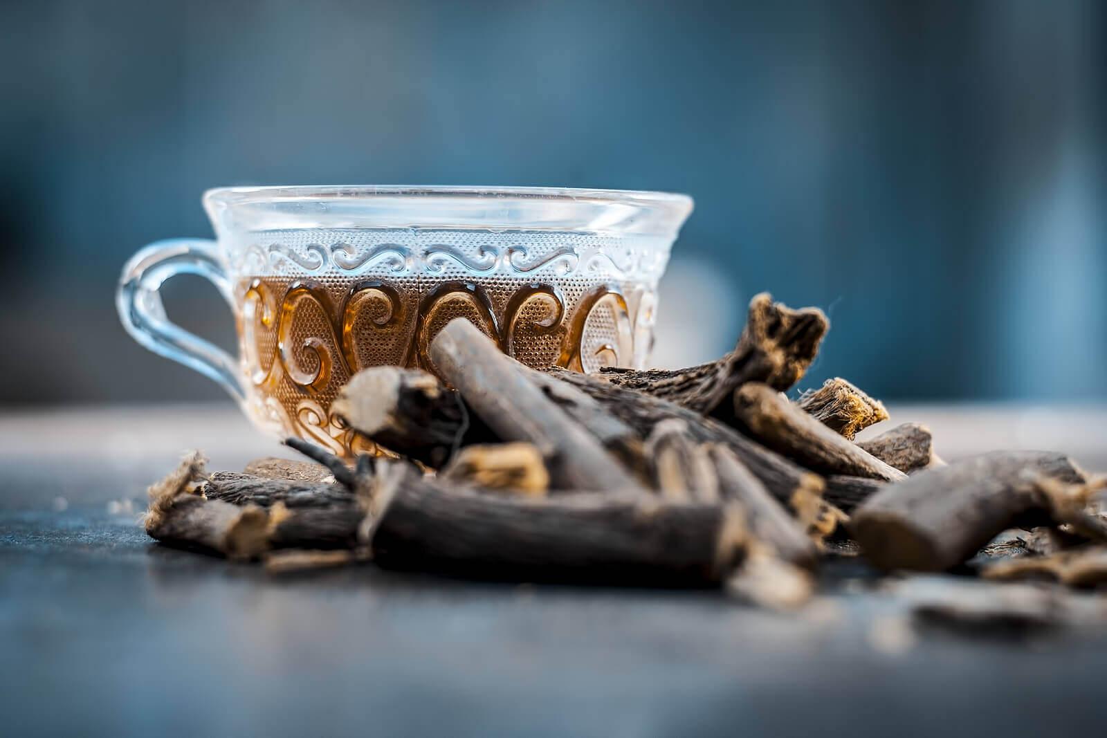 Licorice tea to treat reflux.