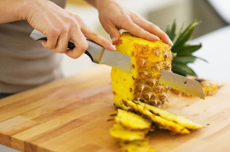 Try These 5 Pineapple Recipes to Cure Constipation