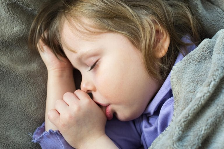 Four Tips for Children to Stop Sucking Their Thumb