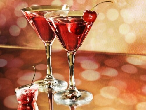 A couple of martinis which you should avoid if you have acid reflux.
