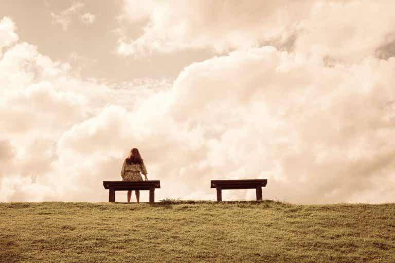 Four Reasons for Feeling Lonely and How to Overcome It
