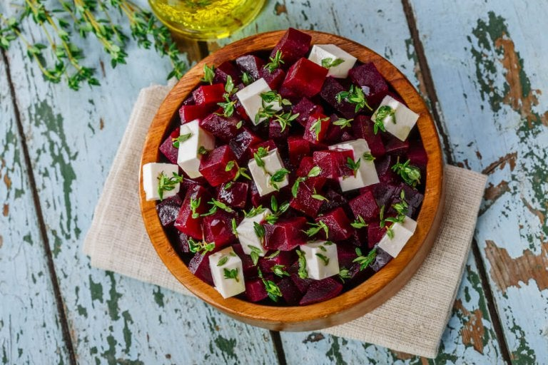 How to Make a Delicious Beet Salad