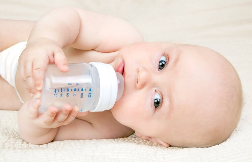 The Kassing Method: How to Bottle Feed Without Risking Your Lactation