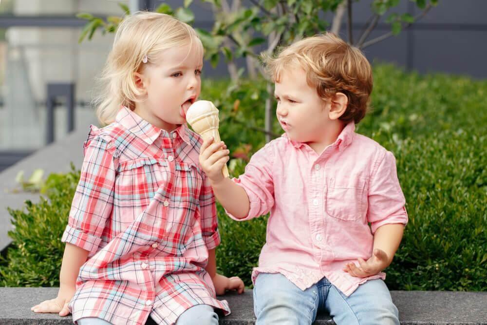 Kinder werden freundlich &quot;width =&quot; 1000 &quot;height =&quot; 667 &quot;/&gt;</figure><p>Du denkst wahrscheinlich, dass es ein bisschen verrückt ist, freundlich zu einem Bully zu sein. Nun, es funktioniert, wie Sie in diesem <a href=