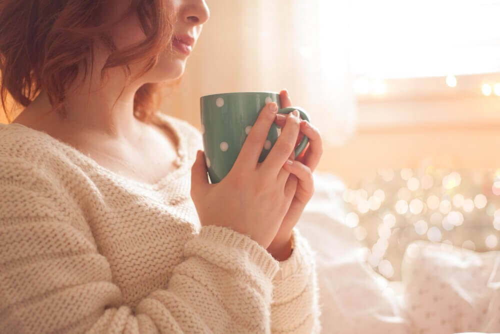 Drinking hot beverages helps reduce stress and improve your body's overall health