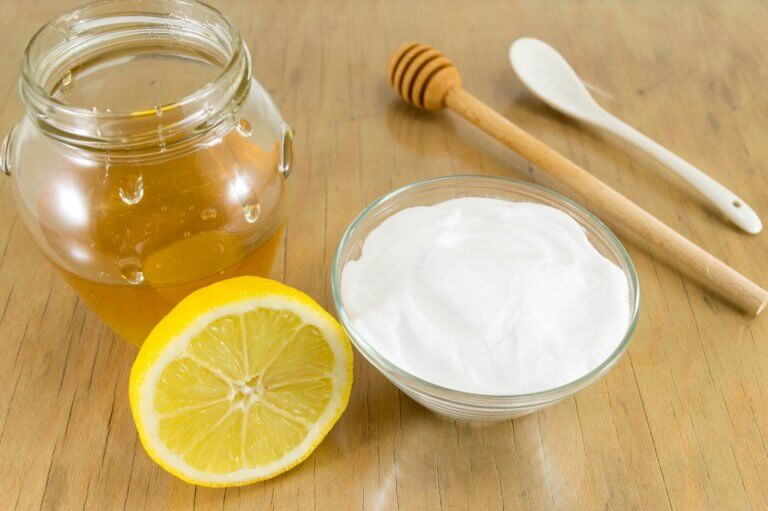 Improve Your Health With This Baking Soda Honey Mixture