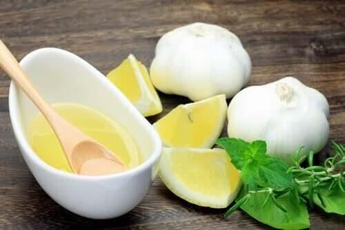 Lemon, garlic, and rosemary.