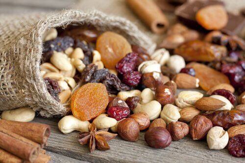 Seeds, grains and nuts