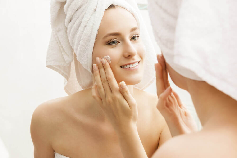 Skin that is free of dead cells