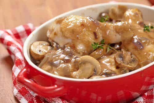 Potatoes with Mushroom Sauce Recipe