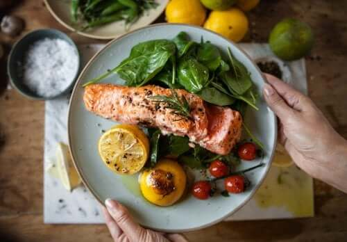 Four Dietary Recommendations to Regulate Your Cholesterol