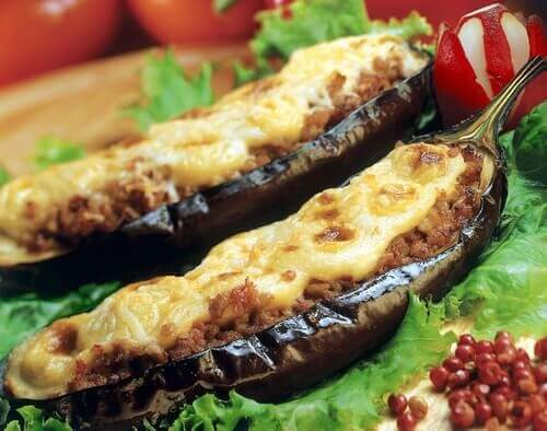 Cheese- stuffed eggplants