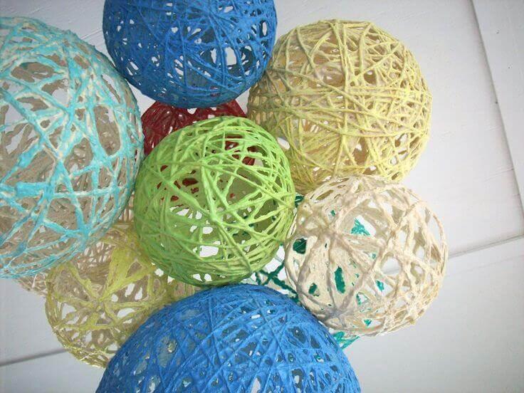 yarn balloon decorations
