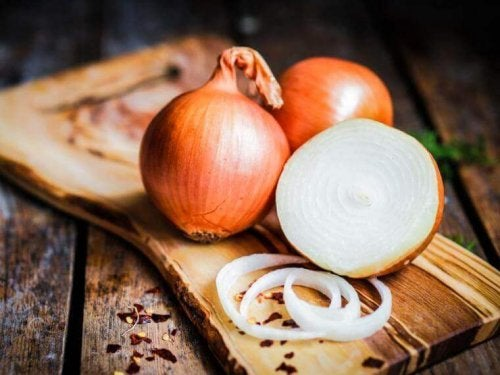 Onion to treat ear infections