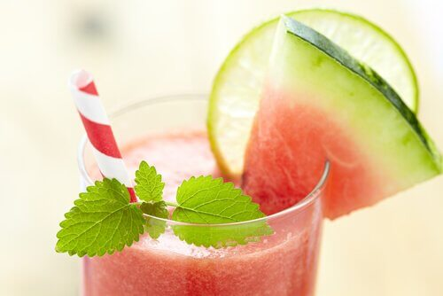 Watermelon, strawberry, and lemon smoothie