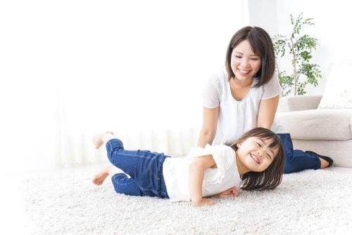 Japenese children and their parents.