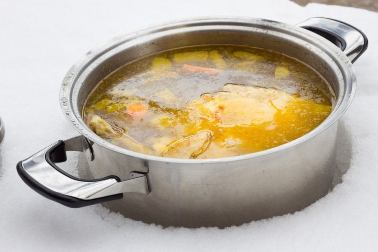 Two Ways to Make Low-fat Broth