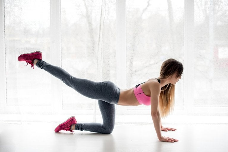 Six Anti-Cellulite Exercises You Can Do at Home