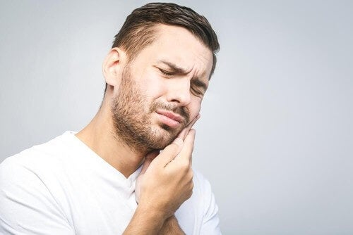 The Most Effective Natural Remedies for a Toothache