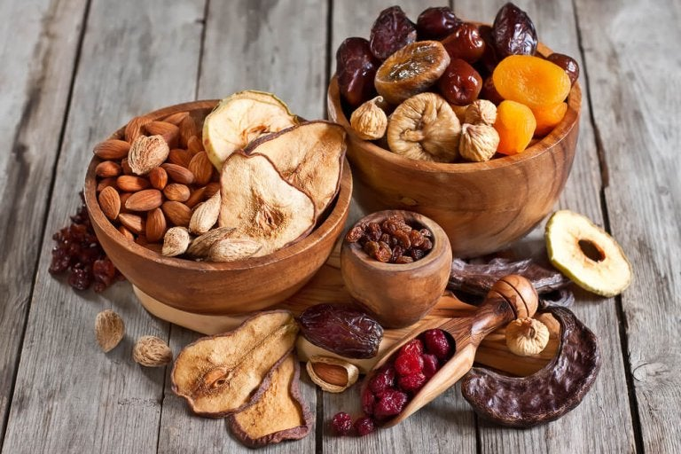 The Amazing Benefits of Eating Nuts
