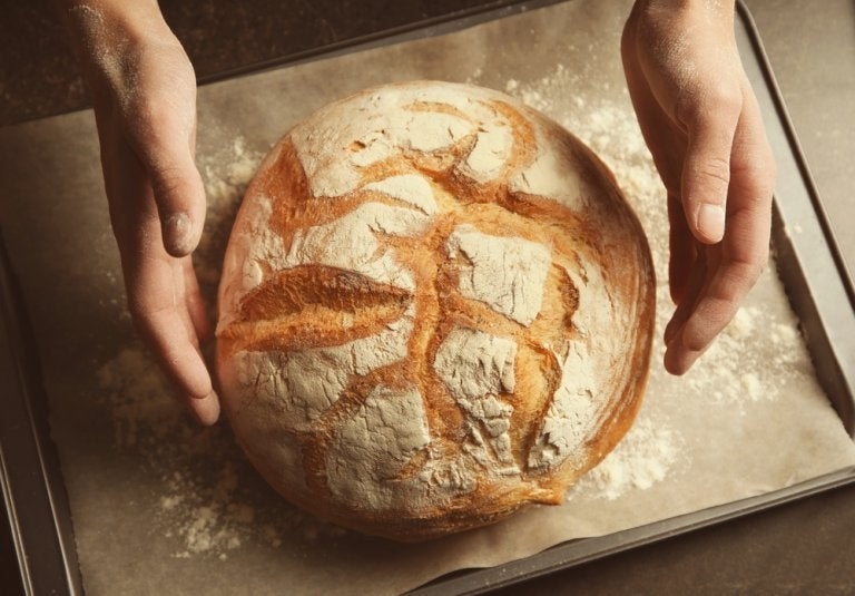 Learn How to Make Bread Without Kneading or Using Gluten