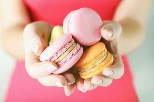 A sweet tooth and macarons.