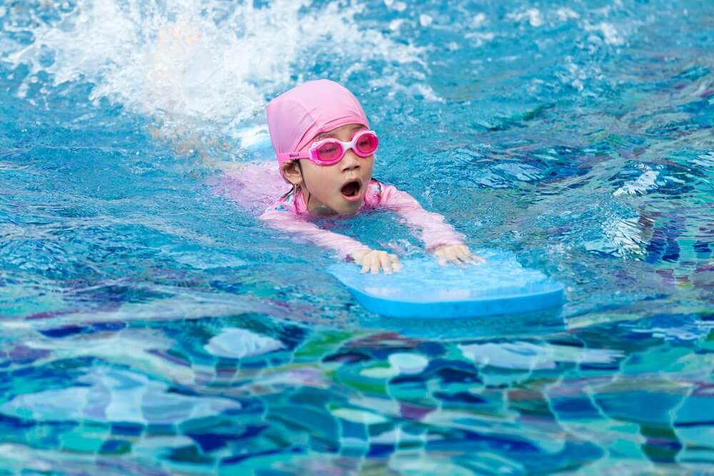 The Best Tips for Teaching Children How to Swim